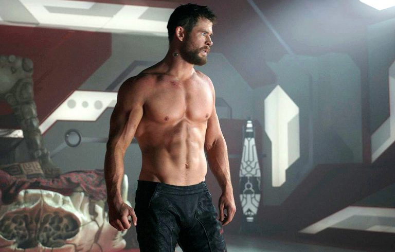 Chris Hemsworth Fisico