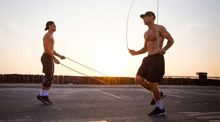 Saltare la corda- Benefici dell'allenamento HIIT